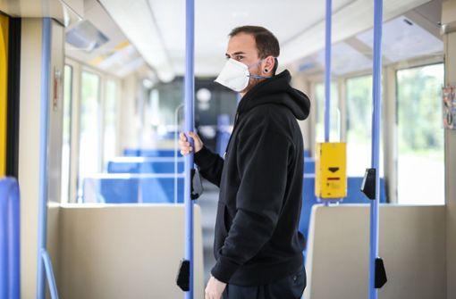Ab Samstag gilt in Bus und Bahn FFP2-Maskenpflicht – auch in Stuttgart