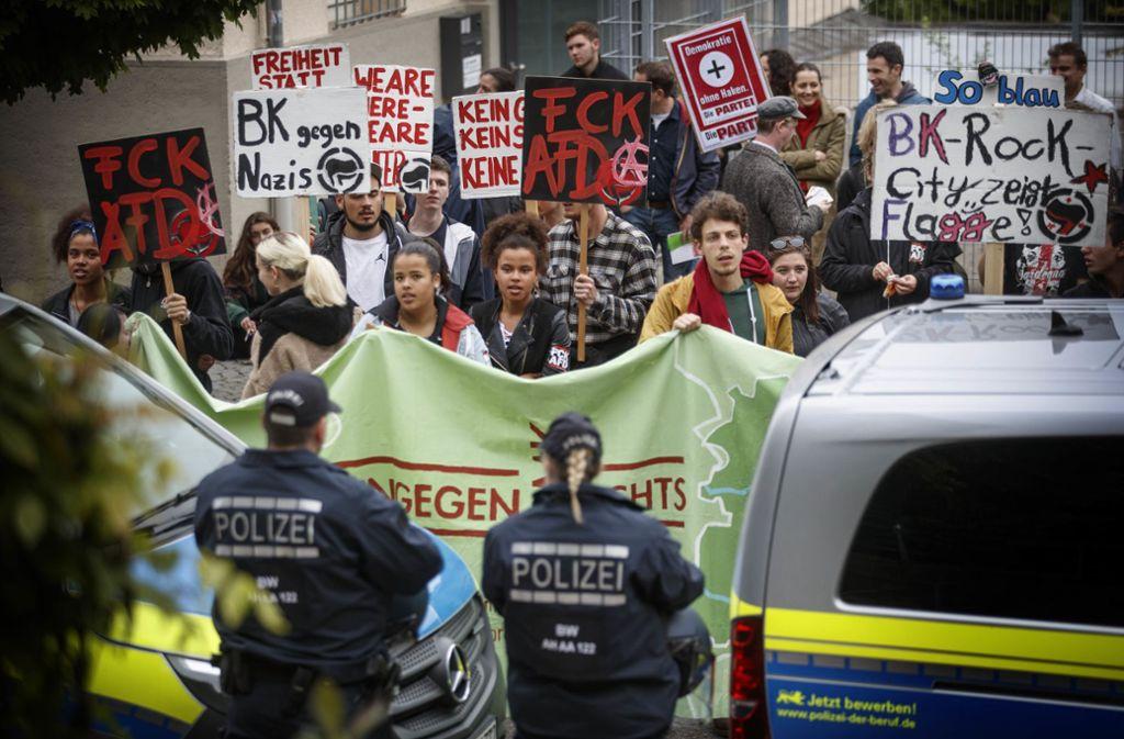 Gegen die AfD-Veranstaltung in Backnang haben insbesondere junge Menschen protestiert. Foto: © C) Gottfried Stoppel