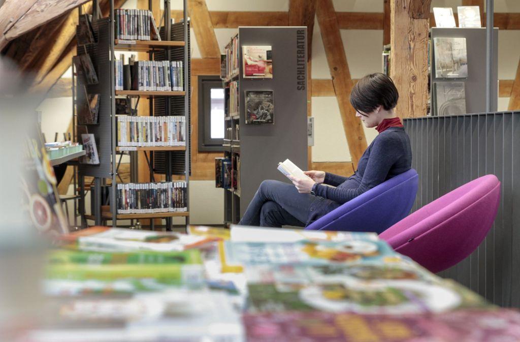 Das alte Fachwerk  der Zehntscheune verspricht Entspannung  beim Lesen. Foto: factum/Bach