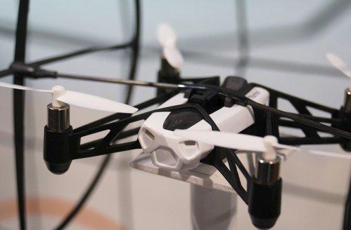 Parrot und andere Hersteller zeigen neue Drohnen für den Privatgebrauch