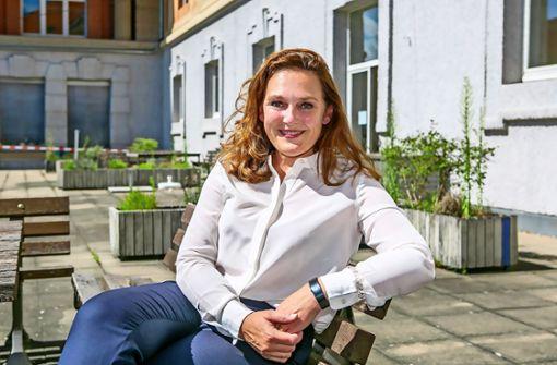 Kanzlerin Heike Lindenschmid   – Ein Leben lang an der Hochschule