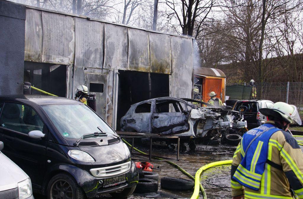 In Freiberg am Neckar hat es in einem Industriegebiet gebrannt. Foto: SDMG/SDMG / Hemmann