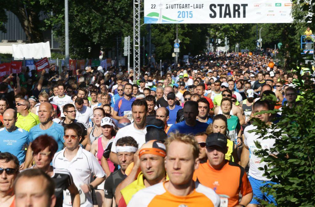 Mehr als 20000 Starter werden auch in diesem Jahr zum 25. Stuttgart-Lauf in der Landeshauptstadt erwartet. Foto: Baumann
