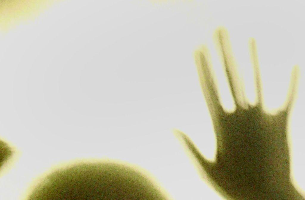 Eine Frau wurde brutal misshandelt. Nun wurde ihr Ex-Mann verurteilt. Foto: BilderBox