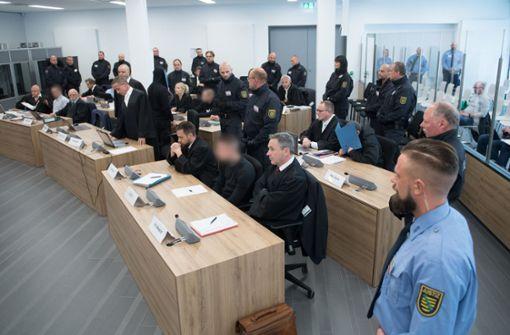 """Mehrjährige Haftstrafen gegen rechtsextreme """"Revolution Chemnitz"""""""