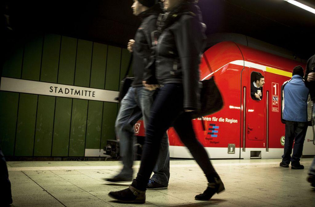 Die S-Bahnen sollen möglichst kurz in den Stationen halten. Foto: Lichtgut/Leif Piechowski