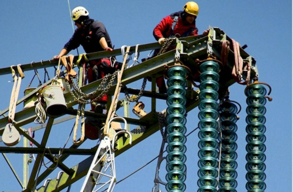Das Stuttgarter Stromnetz soll mehr als 100 Millionen Euro Wert sein. Foto: dpa