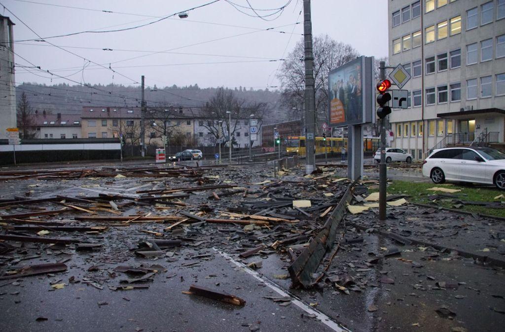 In der Inselstraße konnte die Stadtbahn nicht mehr fahren. Foto: SDMG