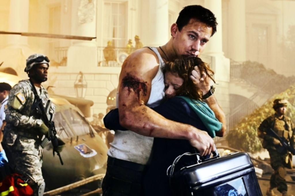 Der Held Cale (Channing Taum) bringt seine Tochter (Joey King) heiler durch die Krise als das Weiße Haus. Foto: Sony Pictures