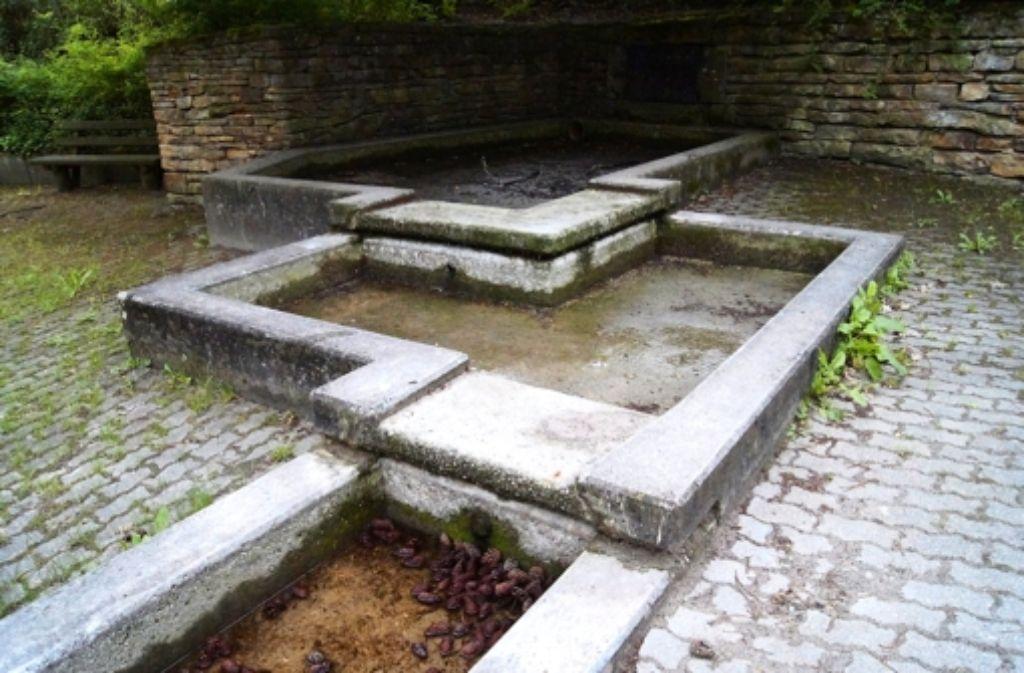 Die Becken des Brunnens sind wie 2012 (Foto) und 2011 wieder trocken. Foto: Bürkle