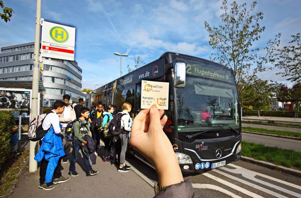 Noch müssen in Ostfildern Einzelfahrscheine gelöst werden. Von  April an ermöglicht ein Stadtticket für drei Euro die ganztägige Nutzung der Buslinien im Stadtgebiet. Foto: Horst Rudel