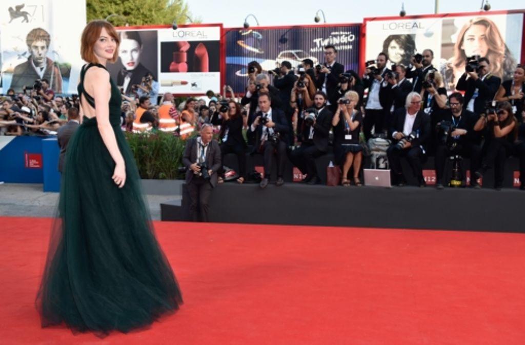 Emma Stone zieht beim Filmfestival von Venedig die Kameras auf sich. Foto: Getty Images Europe