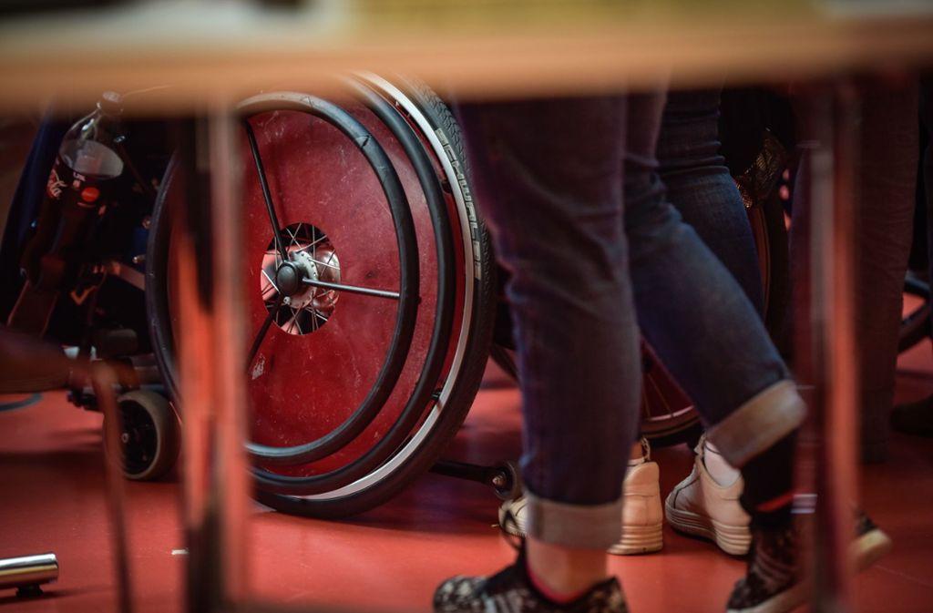 Frau P. hat zwei schwerbehinderte Kinder, die im Rollstuhl sitzen. Foto: Lichtgut/Max Kovalenko