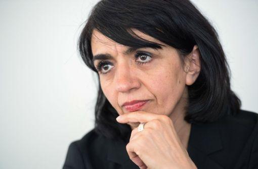 Aras trifft sich mit AfD zum Krisengespräch