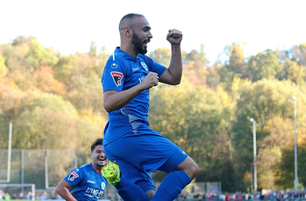 Trifft doppelt für die Kickers: Abdenour Amachaibou Foto: Pressefoto Baumann