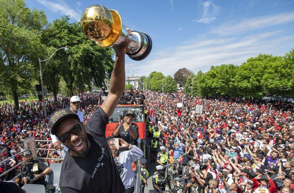 In Toronto wurde gefeiert was das Zeug hält: Die Toronto Raptors holten sich den NBA-Titel. Foto: AP