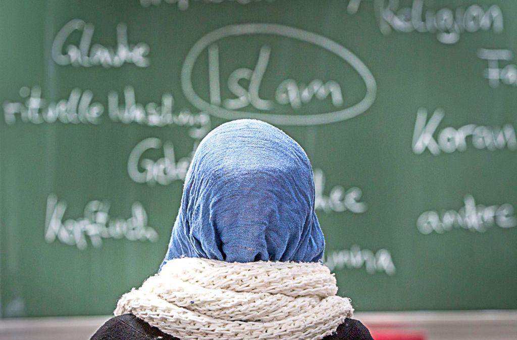 Mehr muslimische Kinder in Baden-Württemberg sollen künftig Islamunterricht erhalten. Foto: dpa