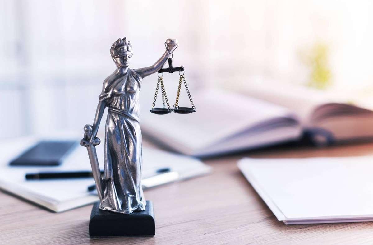 Für 871 Jurastudenten geht die Strafrechtsklausur von vorne los. Foto: imago images/Science Photo Library