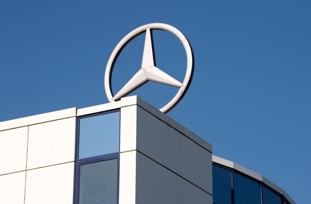 Daimler will sich mit 20 Prozent an der Plattform beteiligen. (Symbolfoto) Foto: dpa-Zentralbild