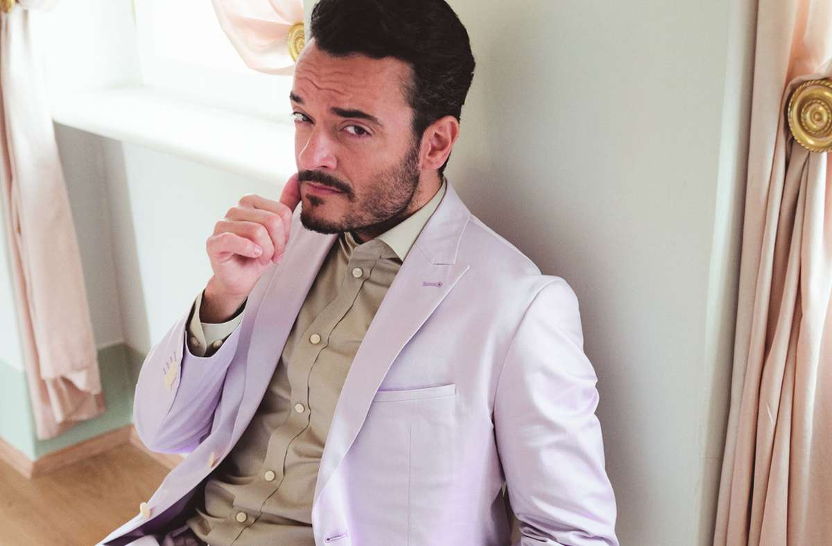 Giovanni Zarrella wird ab Herbst eine große Samstagabendshow im ZDF moderieren. Weitere exklusive Fotos sehen sie in der folgenden Modestrecke. Foto: Jens Schmidt/Jens Schmidt