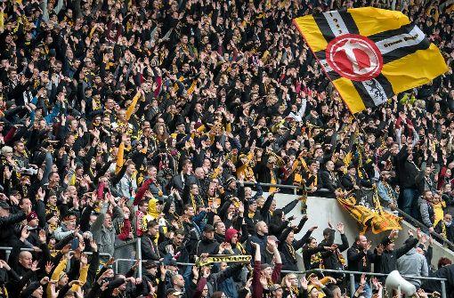 Polizei erwartet 10000 Dynamo-Fans
