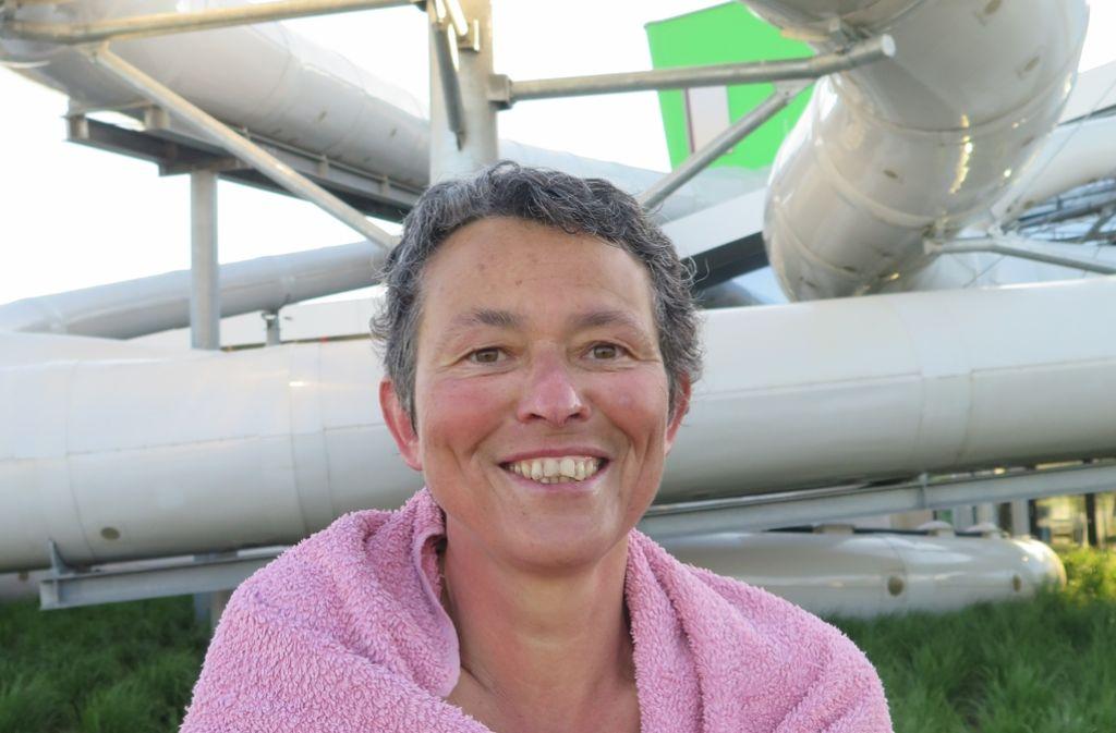 Die Allererste im Wasser: Renate Kofink Foto: Brigitte Hess