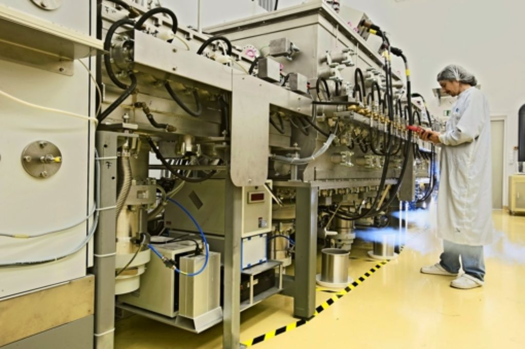 Die Solarforscher des ZSW  sind Effizienz-Weltmeister in der Dünnschicht-Fotovoltaik; im Bild:  eine Beschichtungsanlage für CIGS-Solarzellen. Foto: ZSW