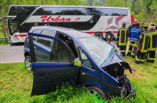 80-Jähriger stirbt bei Unfall mit Bus