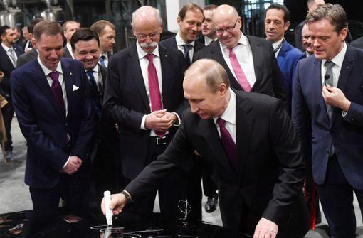 Erstes Mercedes-Werk in Russland eröffnet