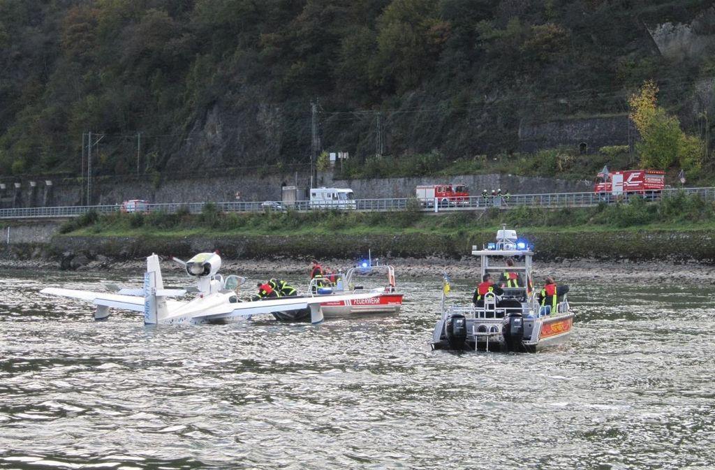 In Mainz-Finthen gestartetes Kleinflugzeug landet mit Motorschaden auf dem Rhein