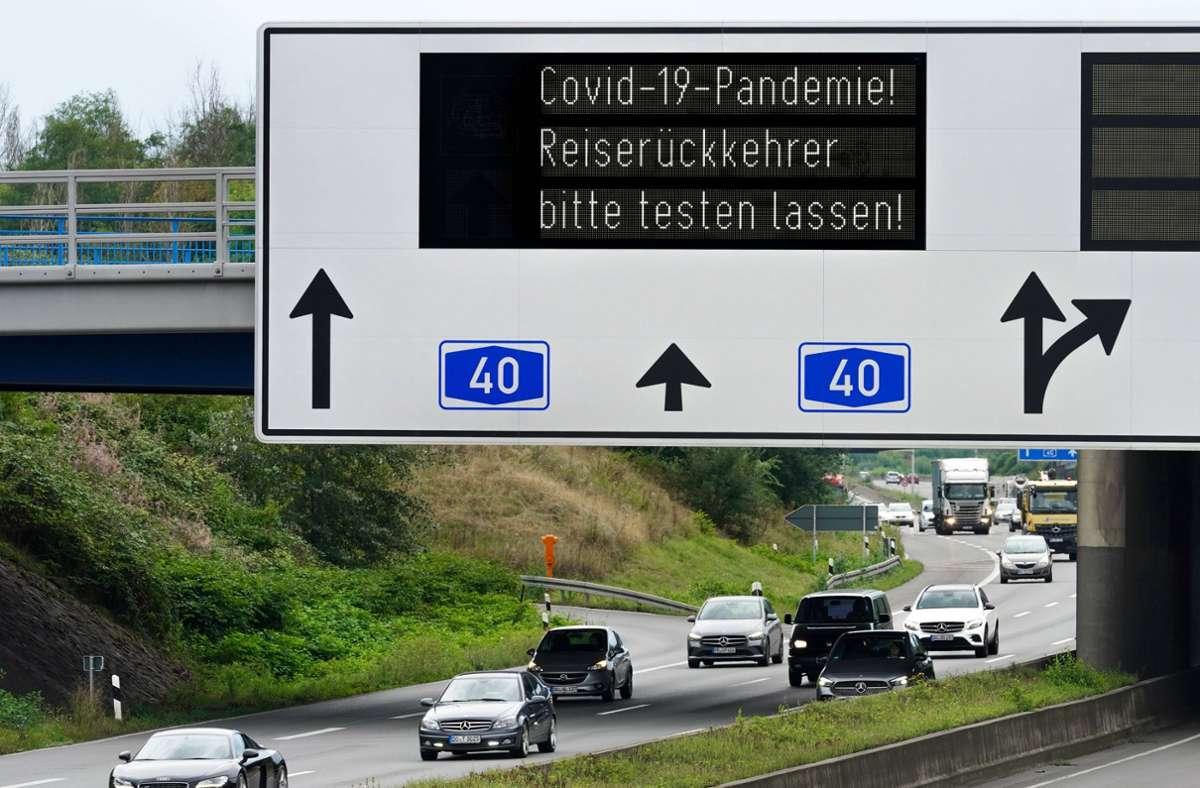 Reisende aus Risikogebieten müssen nach der Rückkehr aus Risikogebieten in Quarantäne. Foto: imago images/Friedrich Stark