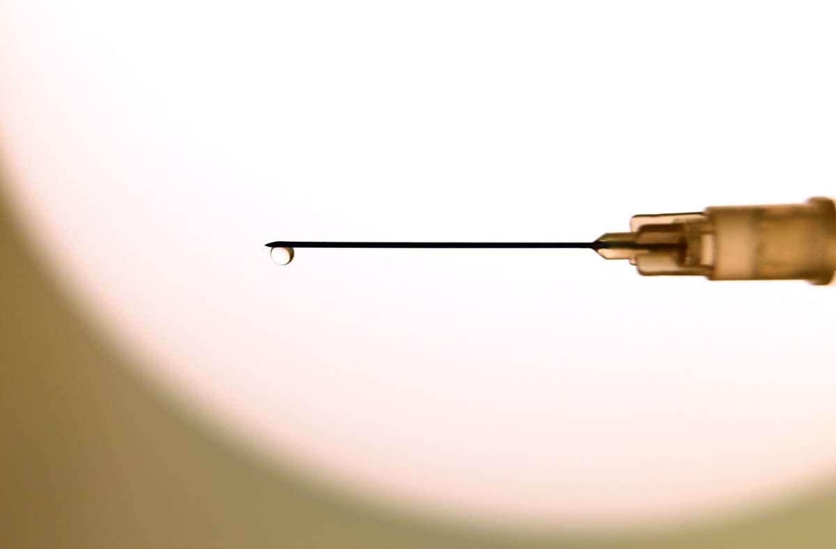 Eine Impfung gegen das Coronavirus soll in Deutschland kostenlos sein. Foto: dpa/Karl-Josef Hildenbrand
