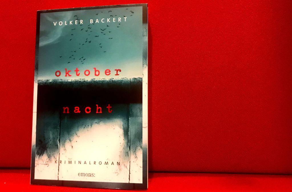 """""""Oktobernacht"""" ist im Emons-Verlag erschienen. Foto: Lukas Jenkner"""