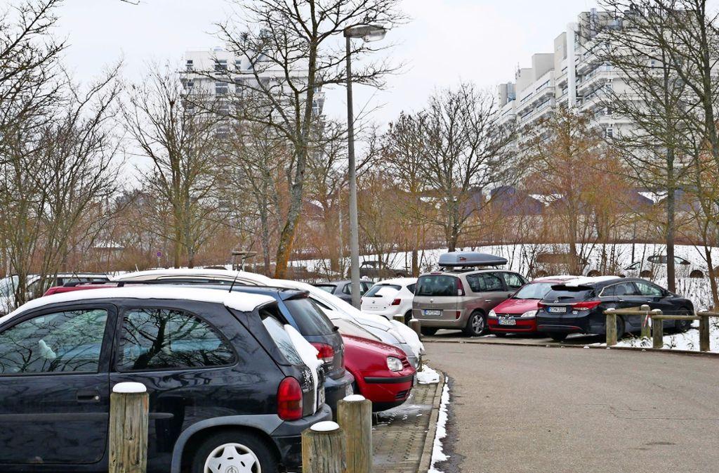 Noch kann jeder auf den Parkplätzen rund um den Campus kostenlos parken. Dies soll sich in Zukunft ändern. Foto: Eileen Breuer