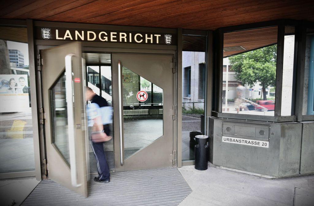Das Landgericht Stuttgart befasst sich mit dem Fall eines glücklosen Räubers. Foto: Weingand / STZN