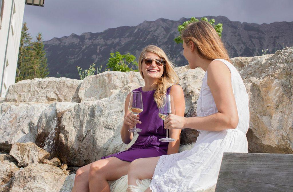 Besucher können sich auf 20 verschiedene Weinevents der Extraklasse freuen.  Foto: Panoramahotel Oberjoch
