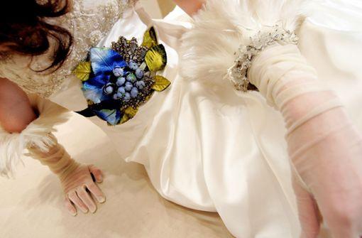 Verkaufe Brautkleid ungetragen – Zerplatzer Traum in Weiß