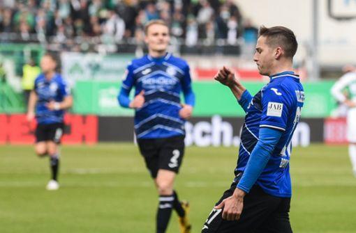 Arminia Bielefeld marschiert, Hamburger SV rettet Remis