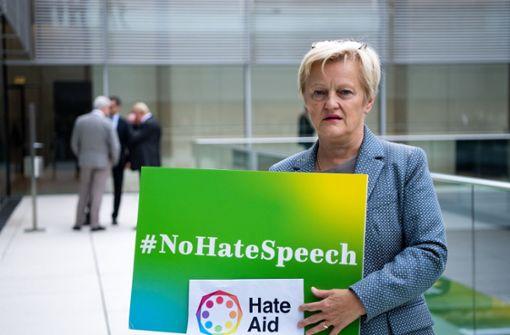 Grünen-Politikerin erzielt nach wüsten Beschimpfungen Teilerfolg