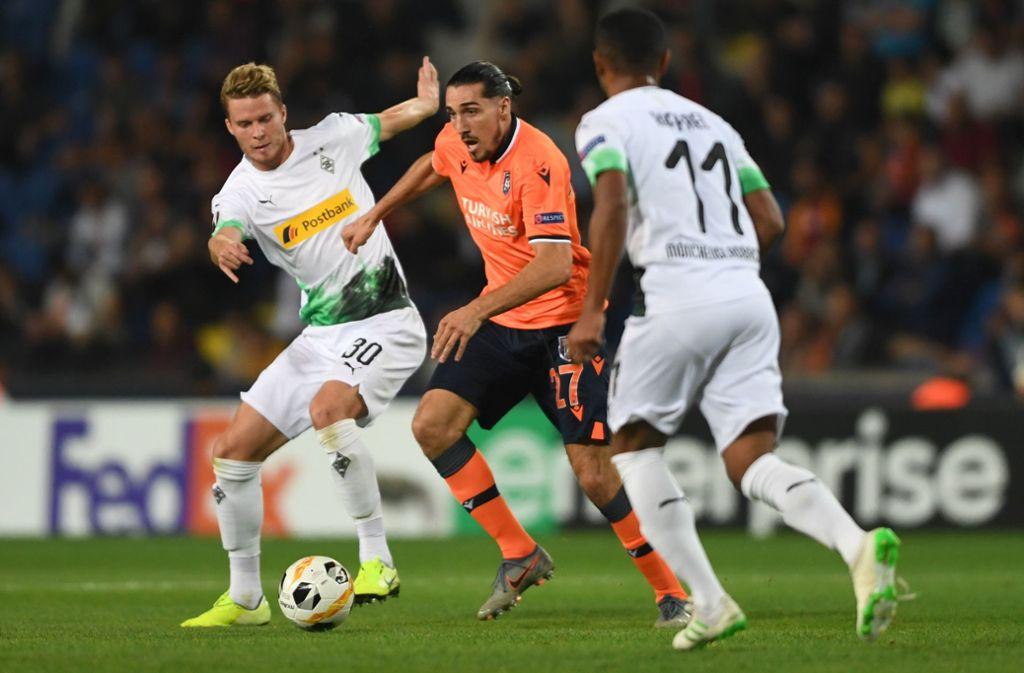 Die Gladbacher haben nach zwei Partien nur einen Punkt, nun stehen die beiden schweren Spiele gegen Gruppenfavorit AS Rom an. Foto: AFP/OZAN KOSE