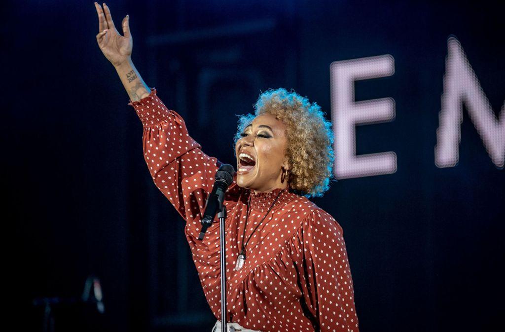 Die schottische Sängerin Emeli Sandé begeistert bei den Jazz Open in Stuttgart. Foto: Lichtgut/Julian Rettig