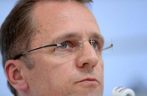 Der DFB-Arzt Tim Meyer will weitere Verletzungen vermeiden. Foto: dpa
