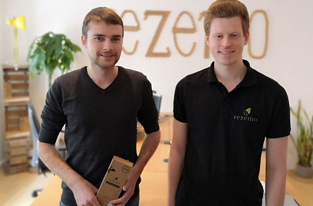 """Bekannt aus """"Die Höhle der Löwen"""": Julian Reitze (links) und Stefan Zender Foto: Björn Springorum"""