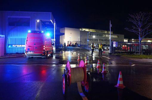 Feuer bricht in Feuerbacher Firmengebäude aus