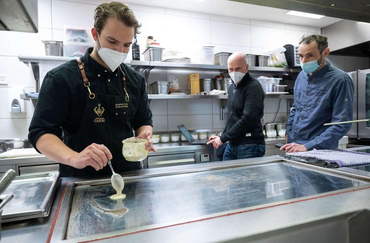 Forscher der Stuttgarter Universität Hohenheim brechen eine Lanze für den bislang wenig populären Buchweizen und versuchen in einem größeren Projekt, eine eigene Sorte zu züchten. Foto: dpa/Sebastian Gollnow