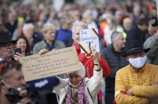 Neue Auflagen für Grundrechts-Demo