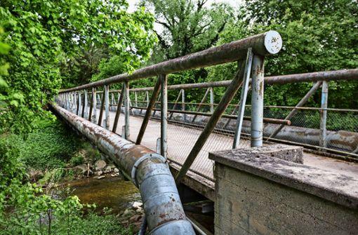 Eine Brücke aus Kanonen
