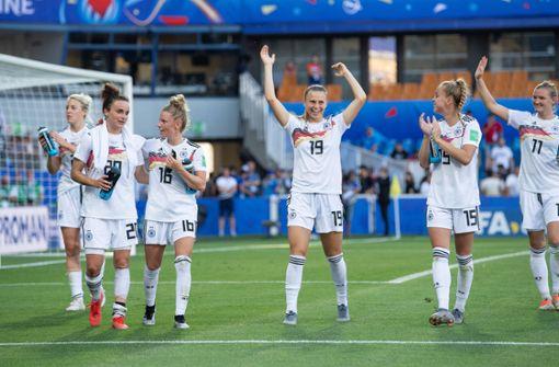 DFB-Frauen schlagen U21 der Männer deutlich