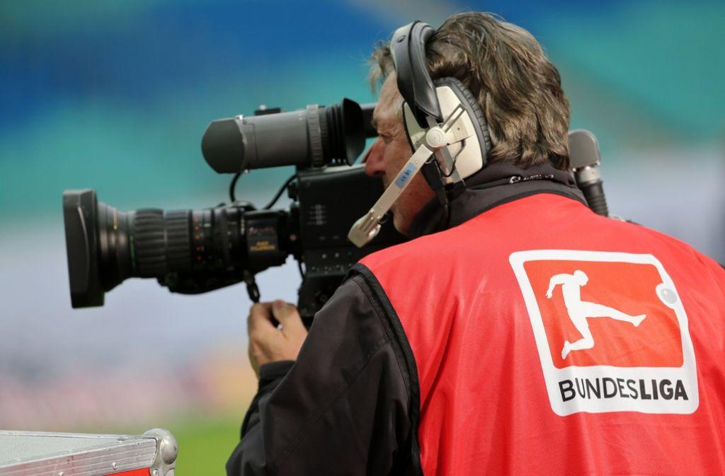 Ab der Saison 2017/18 wird die Bundesliga auch bei Eurosport zu sehen sein. Foto: dpa
