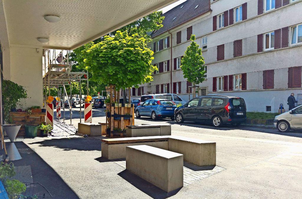 Der Platz vor dem Anwohnerzentrum Raitelsberg  wird wohl erst frühestens 2018 neu gestaltet. Foto: Jürgen Brand
